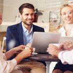 Hỗ trợ đồng nghiệp đúng cách, nâng cao hiệu quả công việc